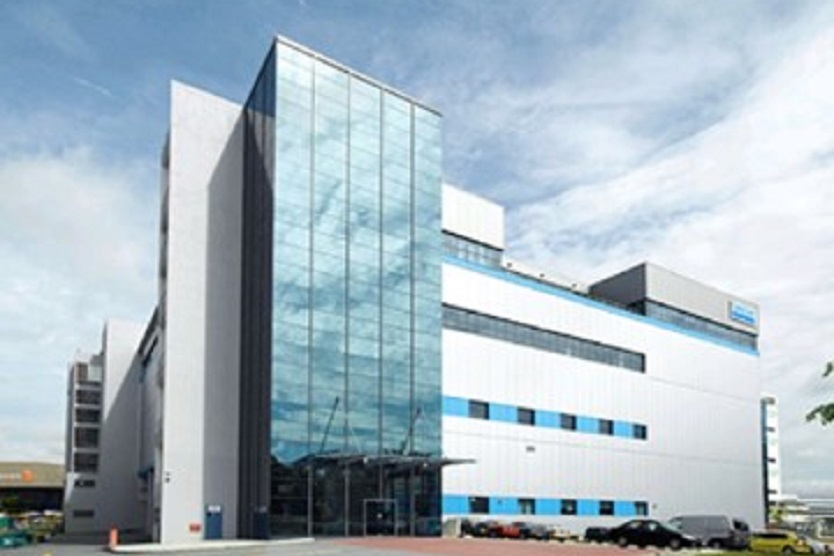 Hoesch Isodach Integral® (Dach) und Isowand Integral® (Fassade) - Sandvik South East Asia