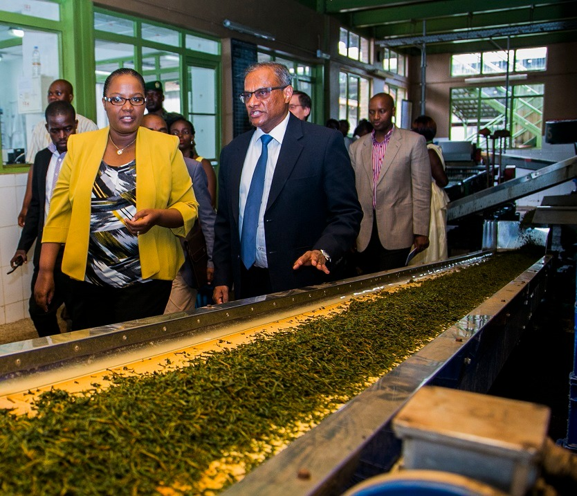 The Minister was given an exclusive guided tour of the tea factory on the 25th of March 2016