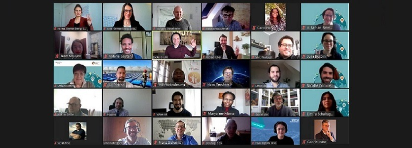 Screenshot from the online Event: Hosts and Speakers